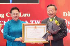 Nhiều lãnh đạo Quốc hội được tặng Huân chương Lao động