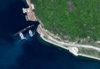 Lộ ảnh tàu ngầm Trung Quốc ở lối vào căn cứ bí mật