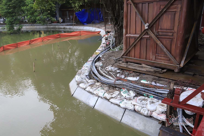 Hoàn thành gần 1.500 mét kè chống sạt lở Hồ Gươm