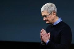 Dùng một từ để gửi email, Tim Cook cho thấy phẩm chất lãnh đạo Apple