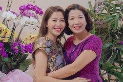 """Diệp Chi đau đớn khi mẹ qua đời: """"Lần cuối nói thương nhau, hai mẹ con ôm chầm nhau mà khóc"""""""