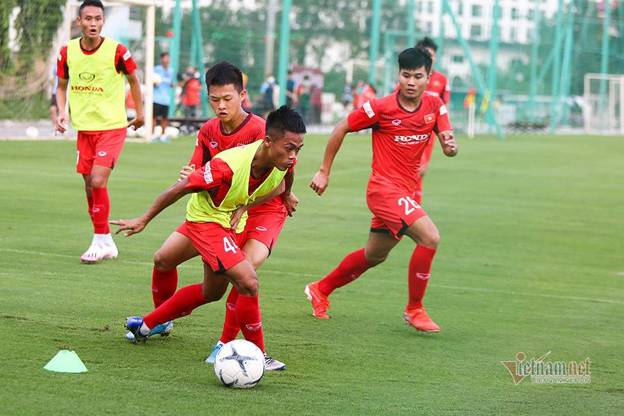 HLV Park Hang Seo thiết quân luật với U22 Việt Nam