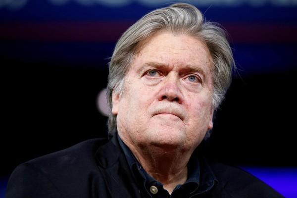 Cựu cố vấn của ông Trump bị cáo buộc tội lừa đảo