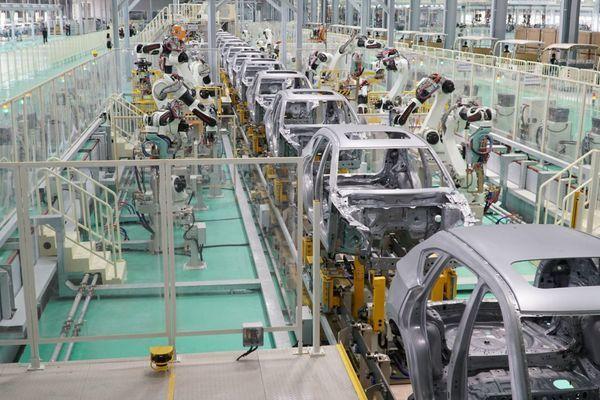 CNHT ngành ô tô: Trong nước mới sản xuất được săm, lốp