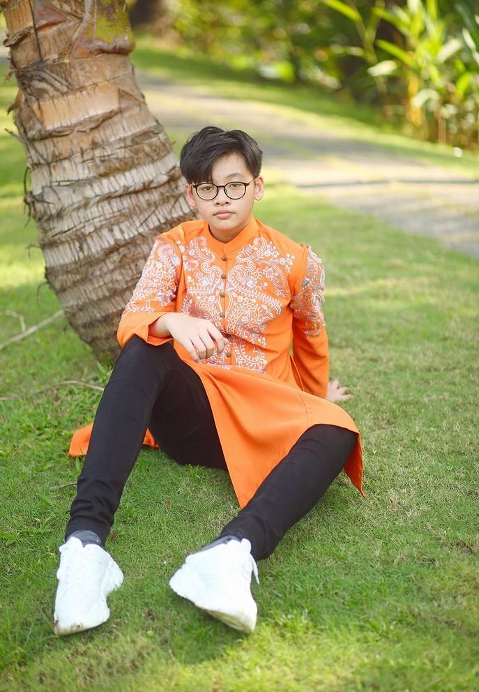 Con trai 14 tuổi cao gần 1m80 của siêu mẫu Anh Thư