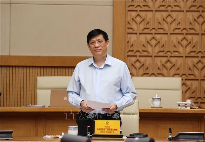 Khoảng một năm nữa Việt Nam mới tiếp cận nguồn vắc xin Covid-19