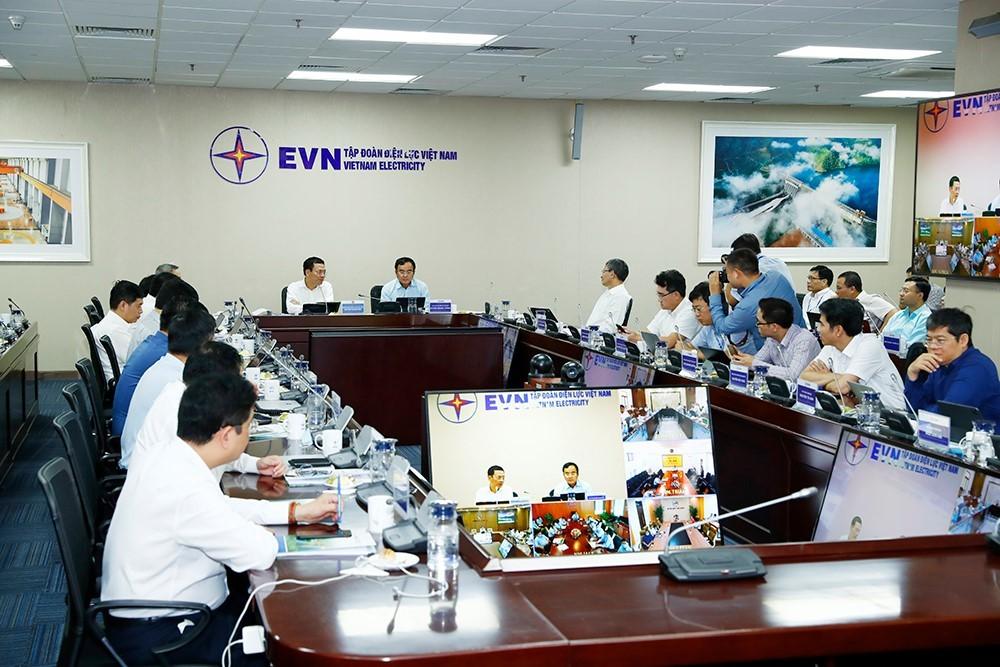 EVN rút ngắn lộ trình, hoàn thành chuyển đổi số vào 2022