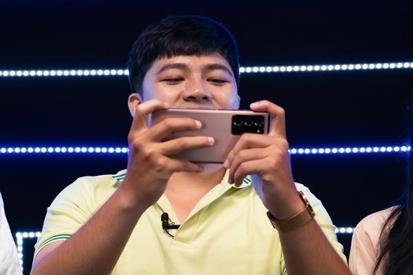 Game thủ đi tìm chân dung smartphone 'chiến thần'