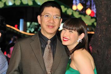 Tuổi 62, ca sĩ Ý Lan hạnh phúc bên chồng thứ 3 cùng 6 người con