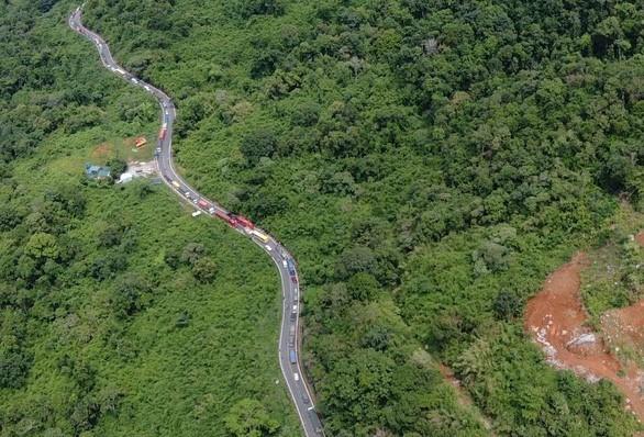 Nguyên tắc lái xe trên cung đường nguy hiểm như đèo Bảo Lộc