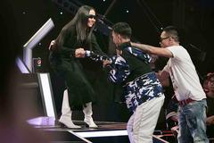 Rap Việt tập 4: Chàng trai rap trên nền nhạc Trịnh khiến 4 HLV 'đổ gục'