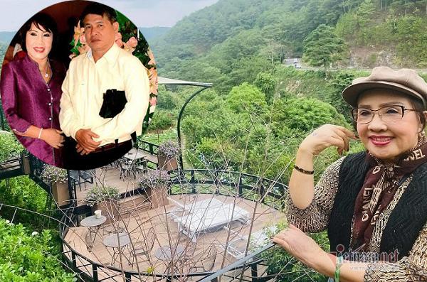 Tuổi 72, 'bà hoàng cải lương' Lệ Thủy vẫn được chồng chăm sóc mỗi ngày