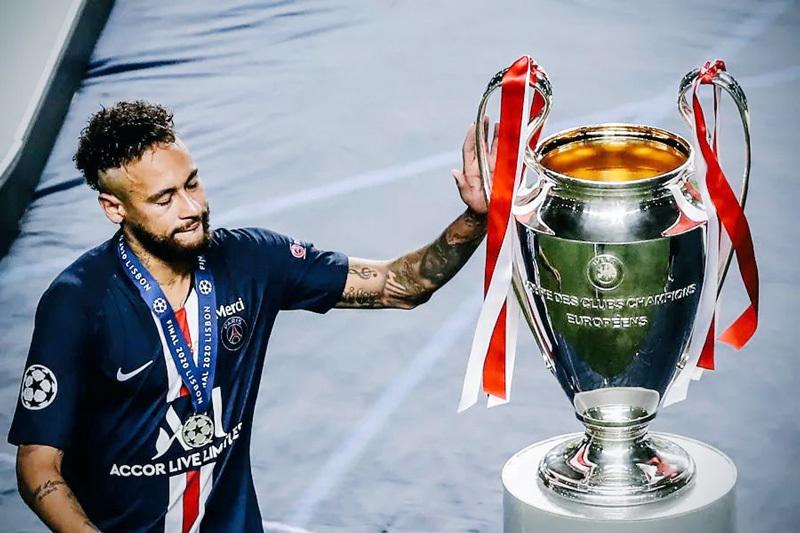 Neymar khóc nức nở, bị fan chế giễu trên mạng