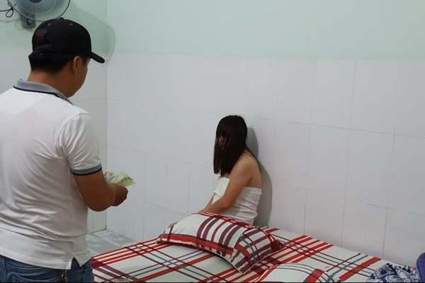 Triệt phá đường dây các cô gái từ phía Bắc vào Đắk Lắk bán dâm