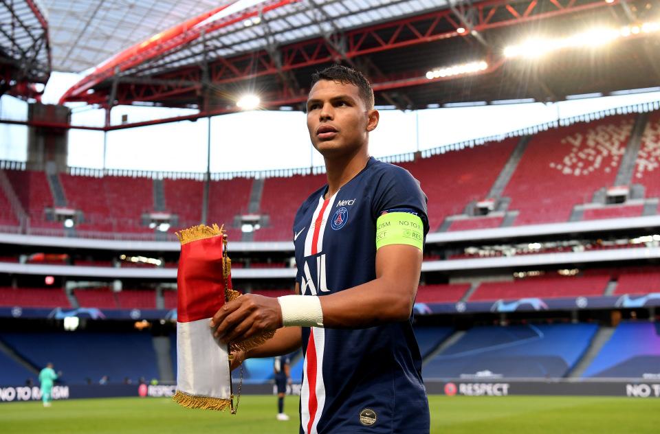 Chelsea nhanh tay hốt ngay 'hàng hot' Thiago Silva