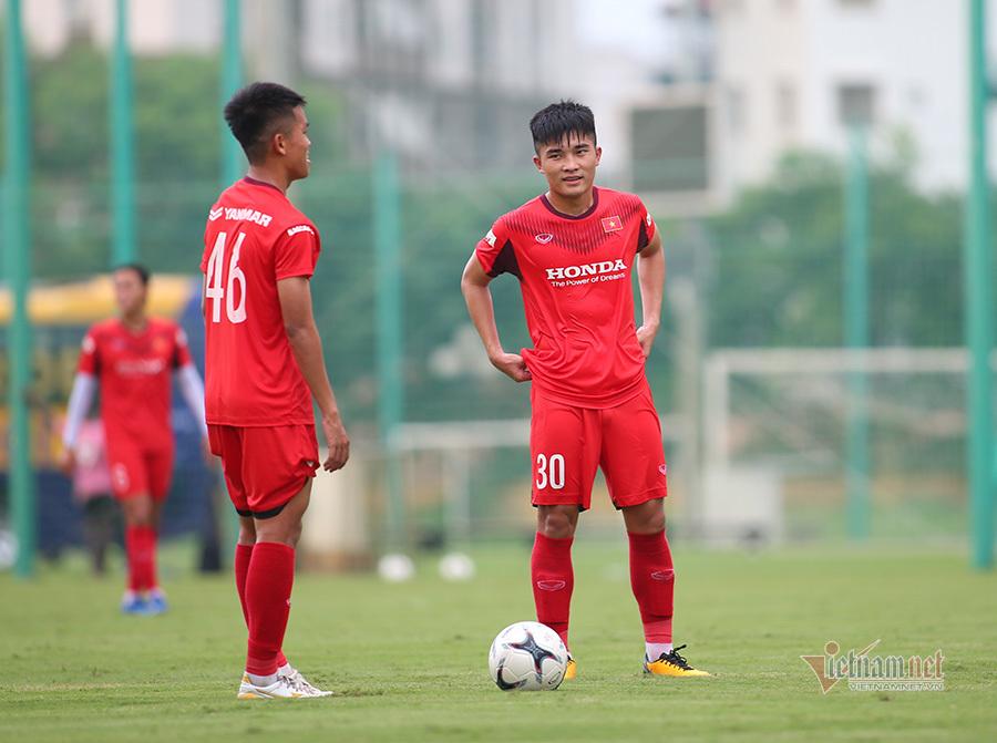 Chuyên gia đá phạt U22 Việt Nam mơ được dự SEA Games