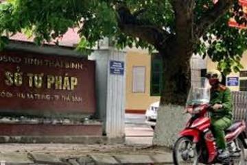 Bắt Phó Giám đốc Trung tâm Dịch vụ đấu giá tài sản Thái Bình