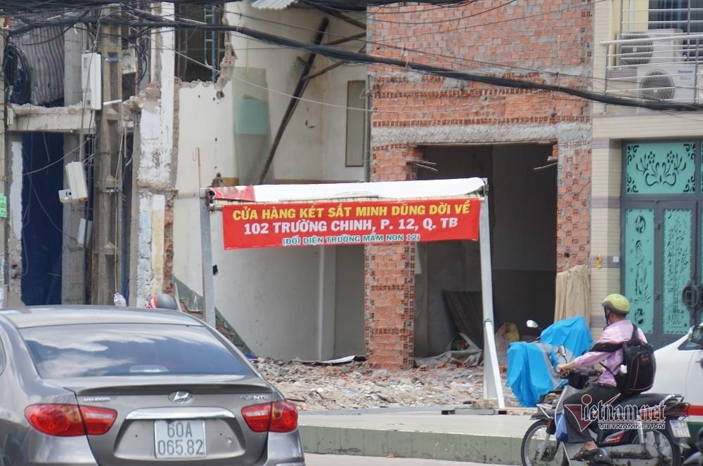 Người dân tháo dỡ nhà, giao mặt bằng làm metro Bến Thành- Tham Lương