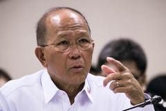 Bộ trưởng Quốc phòng Philippines tố Trung Quốc bịa ra 'đường 9 đoạn'