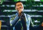 Viêm màng não sụt 20kg, ca sĩ Tuấn Phương vượt qua 'cửa tử' kỳ diệu