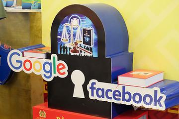 Thắt chặt quy định, buộc Facebook, Google tuân thủ pháp luật Việt Nam
