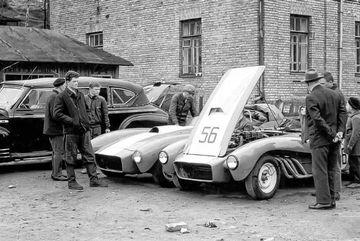 Số phận bi đát của chiếc xe đua thể thao đầu tiên ở Liên Xô