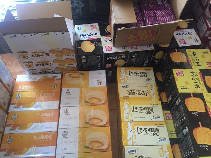 Chặn đường 10 tấn bánh trung thu Trung Quốc vào Việt Nam