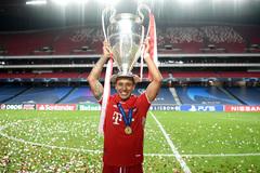 Sự thật chuyện Liverpool vung tiền chiêu mộ Thiago