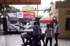 Nhóm thanh niên ngang nhiên xông vào tòa án bắt người