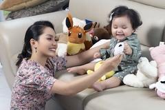 Nguyễn Ngọc Anh khoe ảnh ngọt ngào cùng con gái