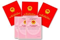 Nữ nhân viên phòng đăng ký đất đai đem 19 sổ đỏ của dân cho bạn 'mượn'