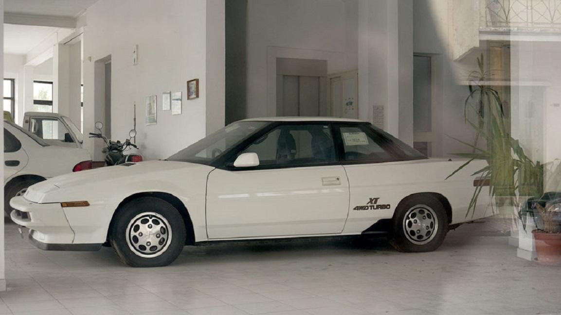 Đại lý ô tô bị bỏ hoang suốt 25 năm ở Nam Âu