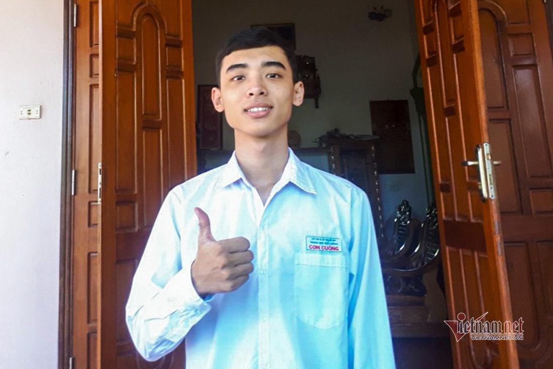Cậu học trò miền núi giành điểm khối A cao nhất tỉnh Nghệ An