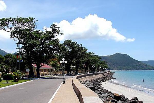 'Biến' hơn 16.000m2 đất lâm nghiệp thành dự án khu du lịch ở Côn Đảo
