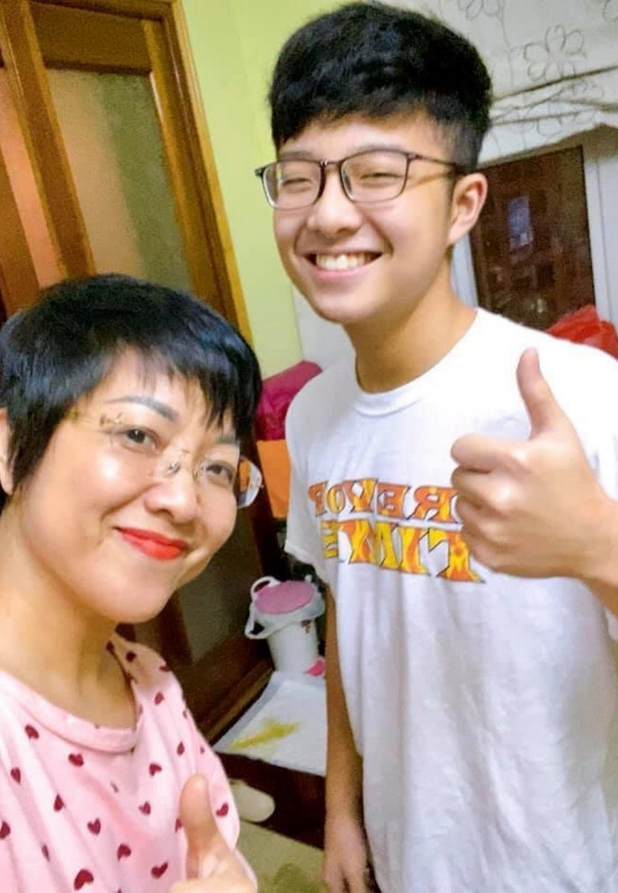 Con trai Công Lý - Thảo Vân điển trai, 15 tuổi cao 1m70