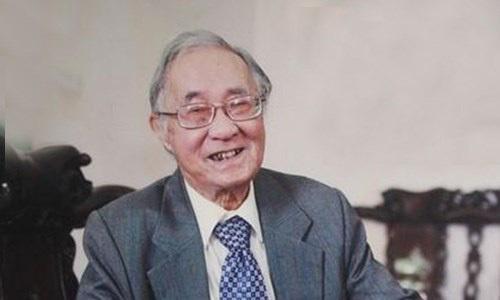 Dịch giả nổi tiếng tác phẩm 'Chiến tranh và hoà bình' Phan Ngọc qua đời