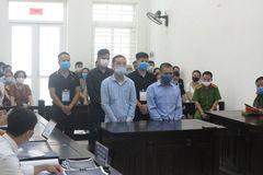 """Màn """"ghẹo gái"""" và cuộc truy sát lúc mờ sáng tại quán karaoke ở Hà Nội"""