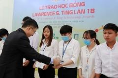 13 sinh viên ĐH Khoa học Tự nhiên TP.HCM nhận học bổng Lawrence S. Ting