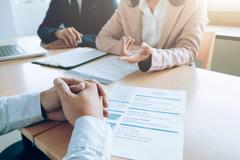 Bắt chuyện với nhà tuyển dụng trước buổi phỏng vấn cách nào?