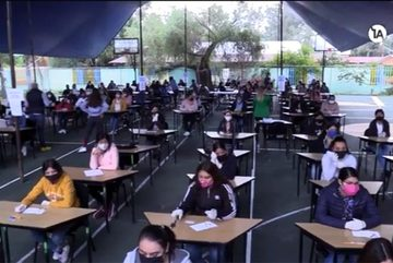 Chiêu gian lận 'có một không hai' của thí sinh thi trường sư phạm ở Mexico
