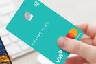 Covid-19 khiến người dùng chuộng mở thẻ tín dụng trực tuyến
