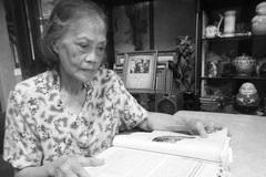 Người phụ nữ kéo cờ trong ngày Quốc khánh 2/9/1945 qua đời