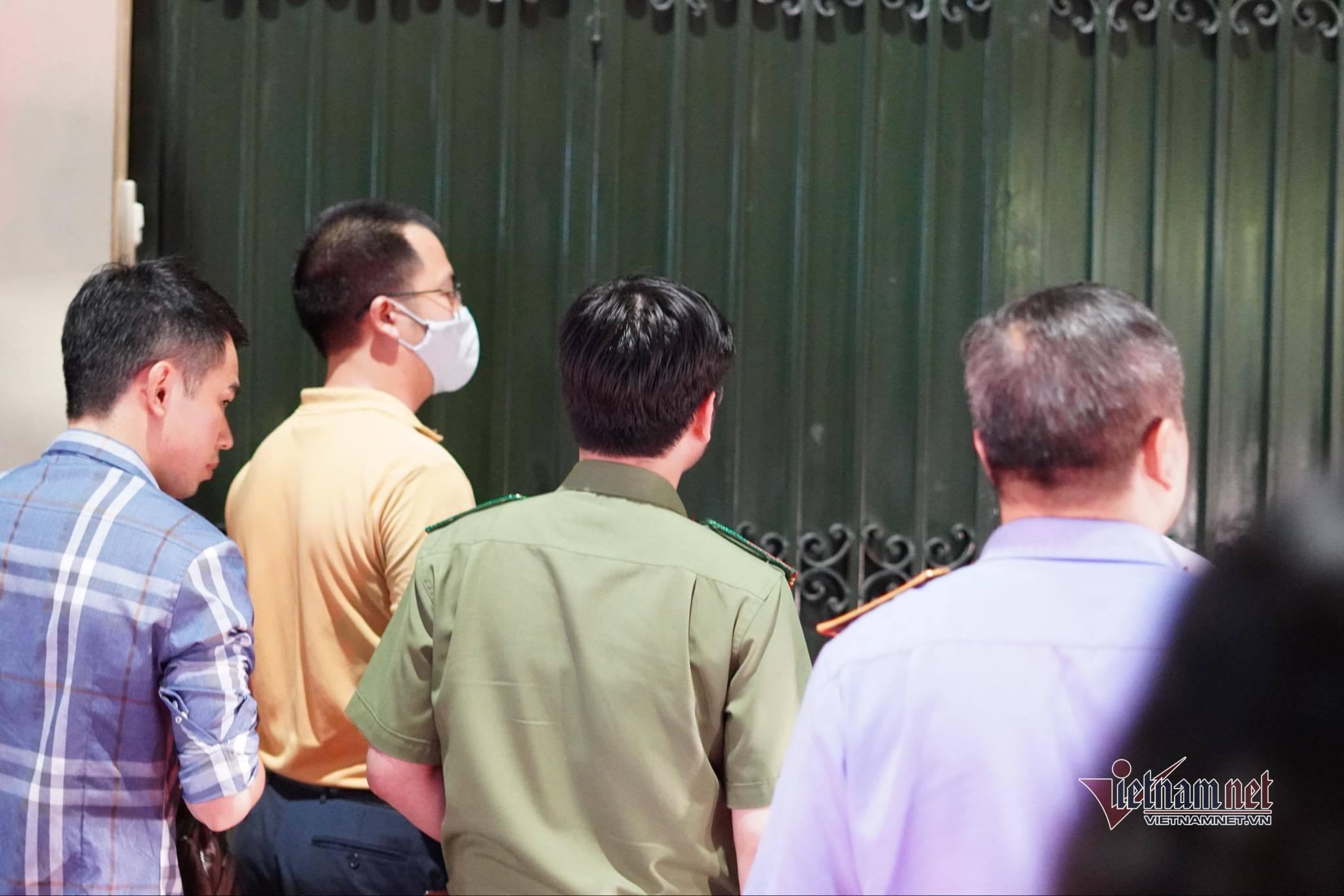 Khám xét nhà riêng và nơi làm việc của ông Nguyễn Đức Chung