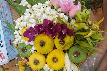 Mẹt hoa ngũ sắc, 'hương cổ tích' dâng cúng Rằm tháng Bảy