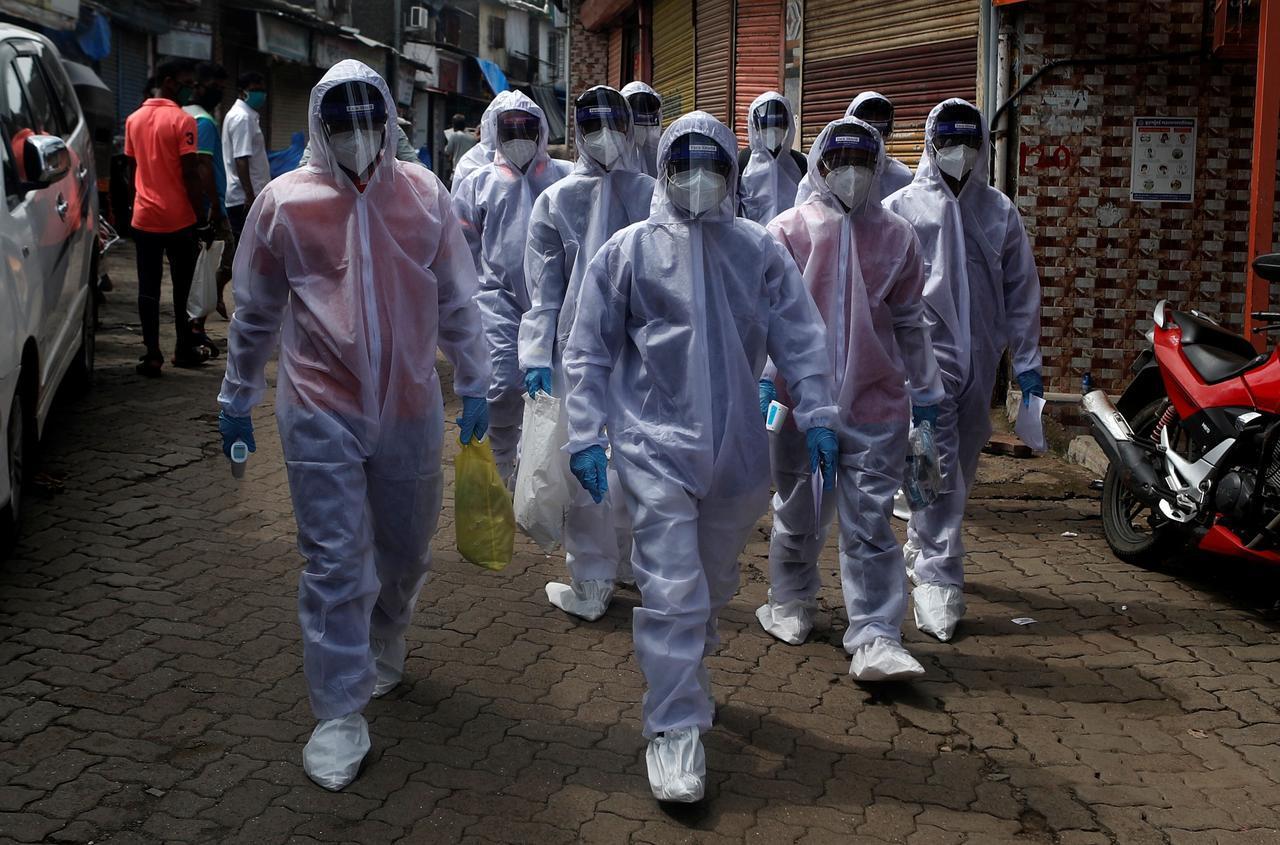 Thế giới hơn 25 triệu người nhiễm Covid-19, Ấn Độ tiếp tục tăng chóng mặt