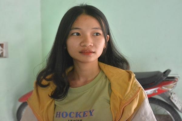 Nữ sinh mồ côi cha đạt điểm 10 môn Lịch sử duy nhất tỉnh Quảng Nam