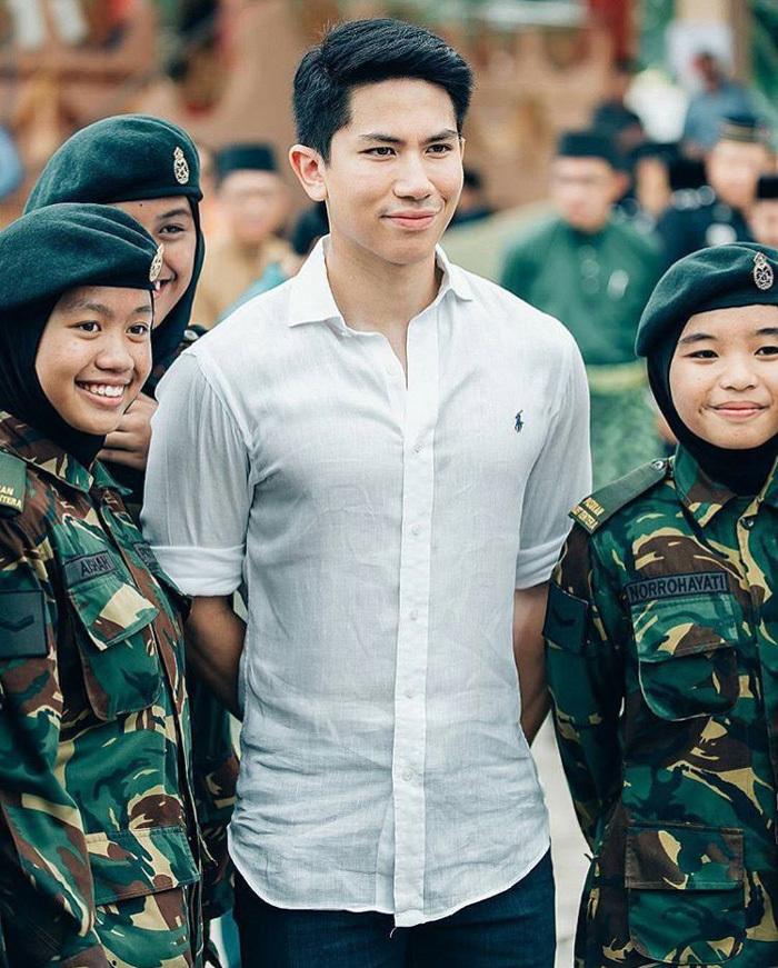 Tiêu chí tìm vợ của hoàng tử Brunei khiến các cô gái xốn xang