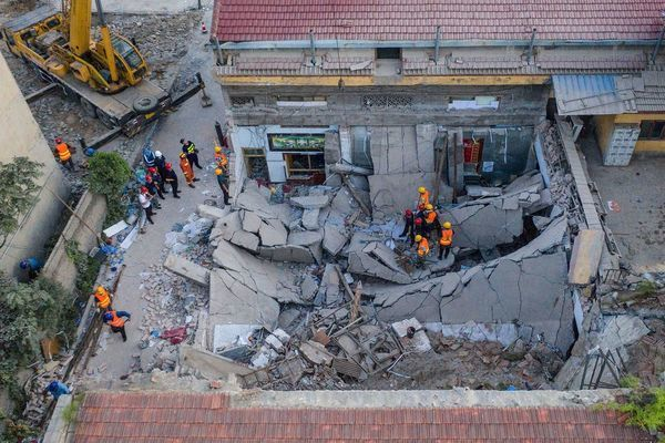 Thủ tướng điện thăm hỏi sau vụ sập nhà 29 người chết ở Trung Quốc