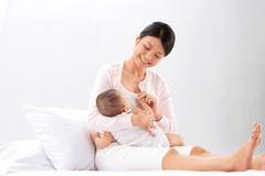 Ngành Y tế Hà Nội triển khai tuần lễ nuôi con bằng sữa mẹ