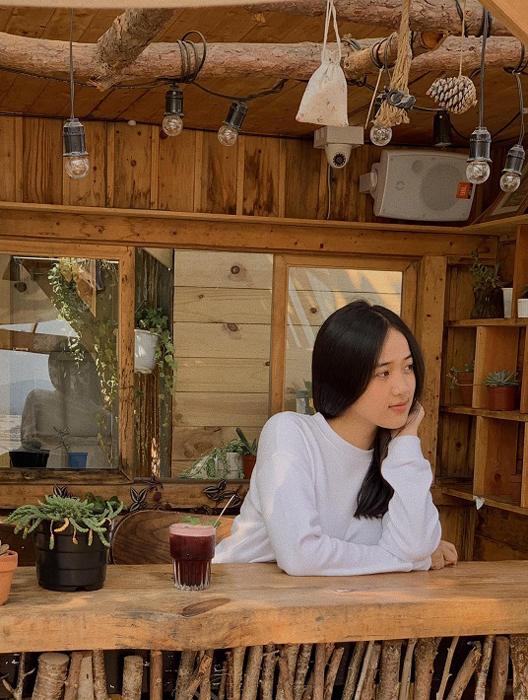 Hai người đẹp 18 tuổi - ứng viên sáng giá dự Hoa hậu Việt Nam 2020